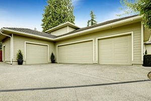 Most Common Garage Doors Myths & Facts